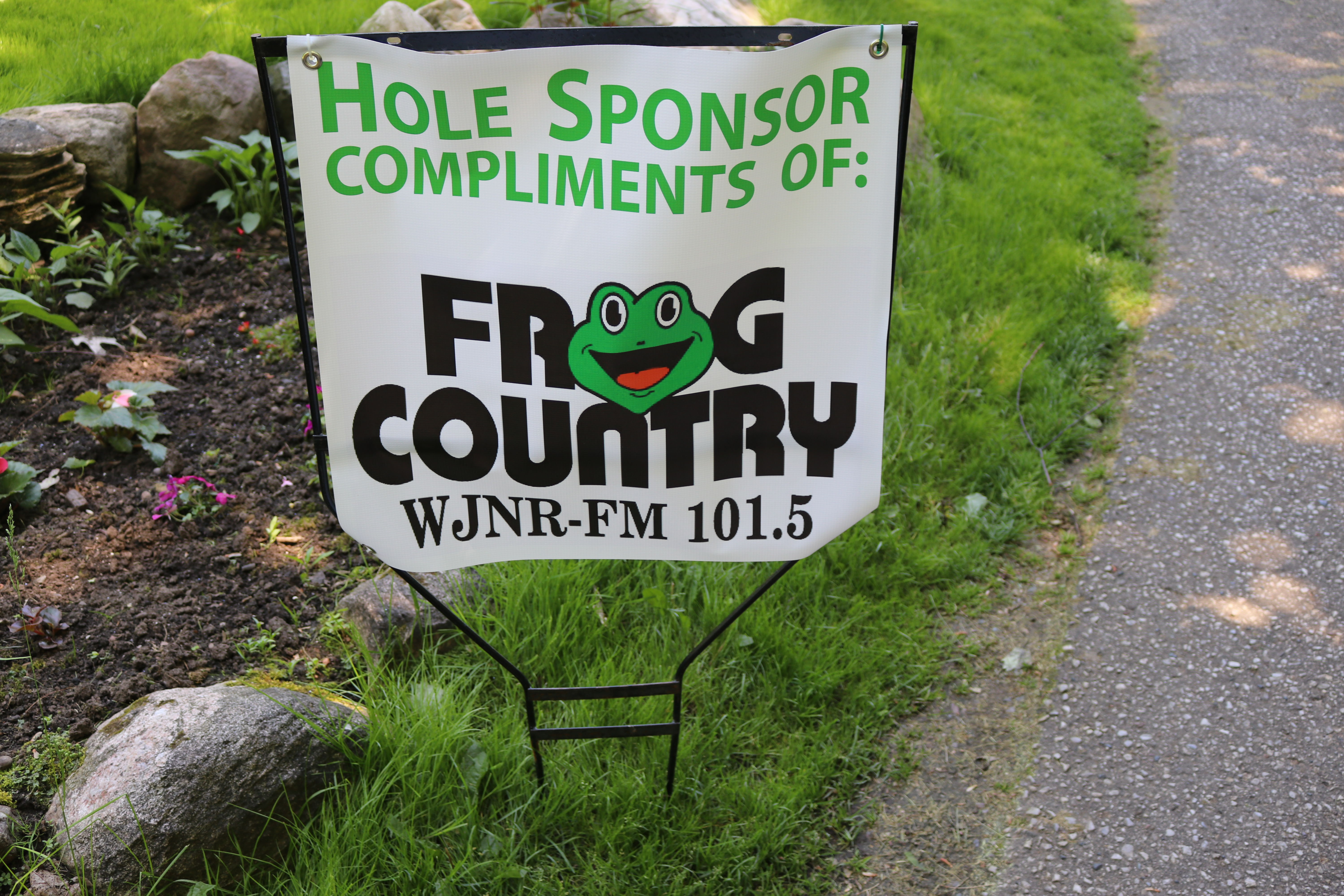 Signage Frog Country